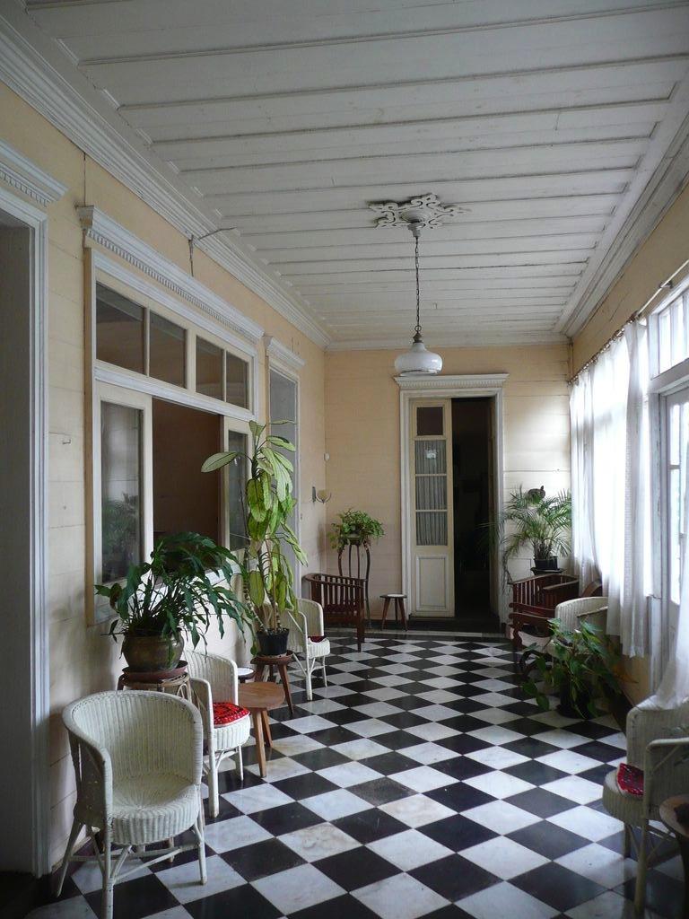 La maison coloniale for Maison du monde 974