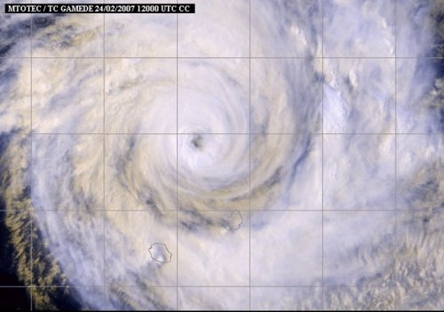 L'œil du cyclone Gamède (2007)