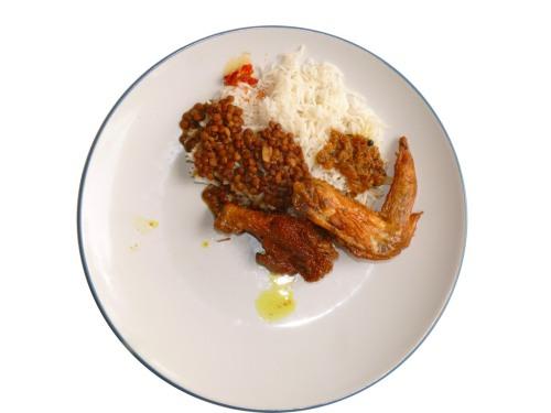 Repas traditionnel créole.
