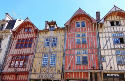 Vue  du quartier Saint-Jean à Troyes.