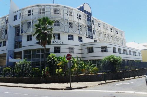 L'hôtel de police, dit « Commissariat Malartic » (Cliché JCL)